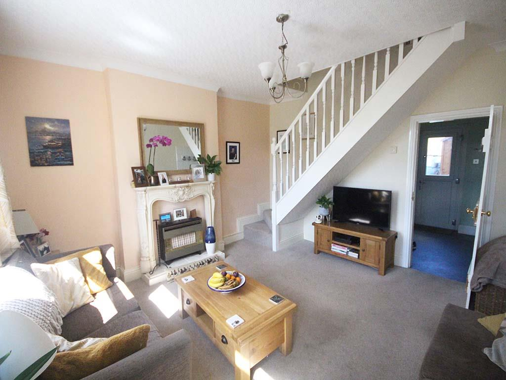 2 bedroom end terrace house For Sale in Winewall - IMG_7303.jpg
